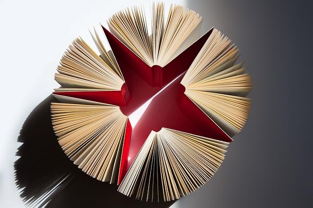 books-1439321_640
